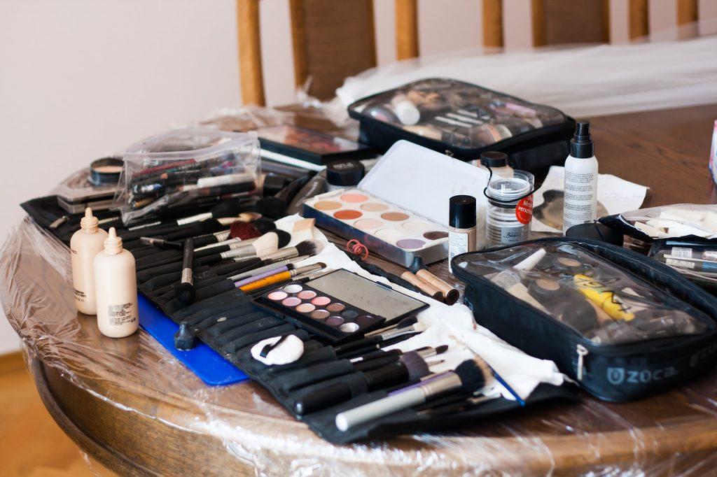 Organic Makeup, Quality Organic Makeup Brands, Makeup Review, Good Makeups, Organic Makeup Reviews